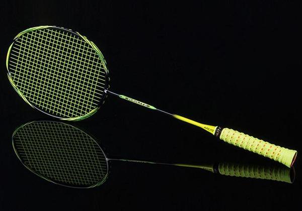 Vợt cầu lông và cách chọn vợt cầu lông chuẩn thi đấu