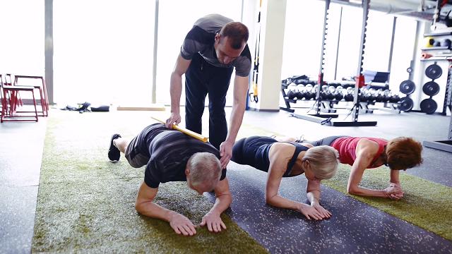Ai cũng có thể tập luyện Plank