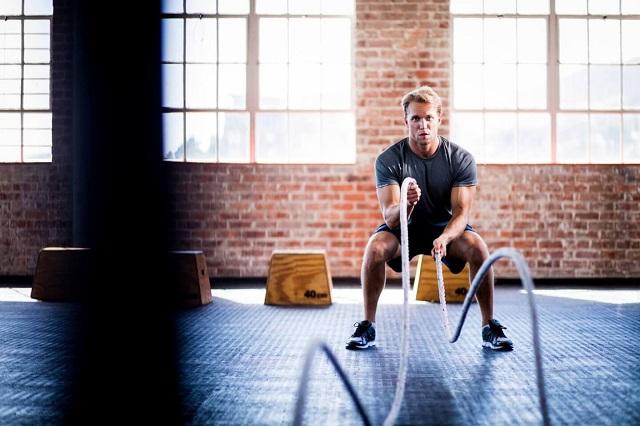 Bài tập không dành cho những người có sức khỏe quá yếu đặc biệt là những người mới luyện tập thể thao