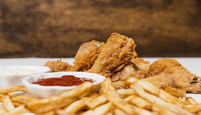 Thức ăn nhanh chứa rất nhiều chất béo có hại