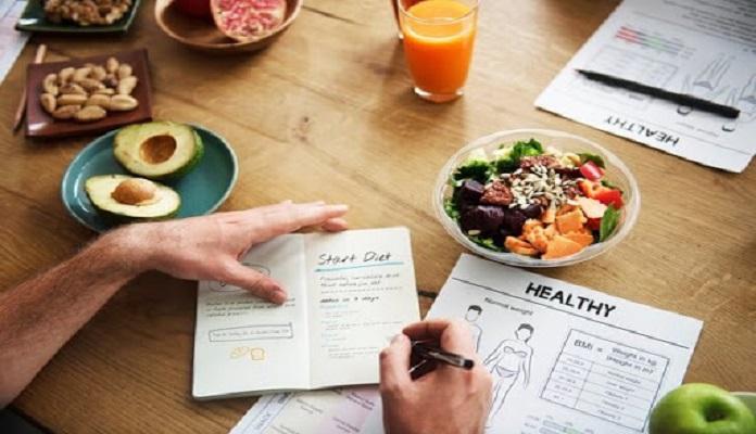 Xây dựng chế độ ăn uống khoa học là việc không thể thiếu trong chế độ tập luyện